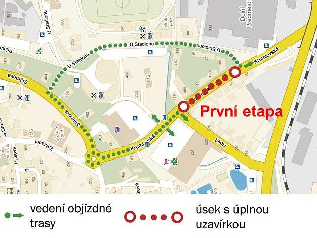 První úsek zcela uzavře Krumlovskou ulici mezi křižovatkami sulicemi Nová a UStadionu od 26.10. až 1.11.