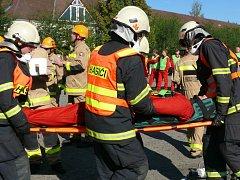 Profeionální hasiči soutěžili ve vyprošťování osob