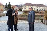 Ministr zdravotnictví Adam Vojtěch při návštěvě Hospice sv. Jana N. Neumanna v Prachaticích.