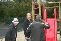 Nově otevřené dětské hřiště ve Vlachově Březí.