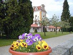Státní zámek Kratochvíle