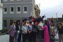 Ve Lhenicích se sešli bývalí zaměstnanci Fruty i s rodinami, a to jak Češi, tak Vietnamci.