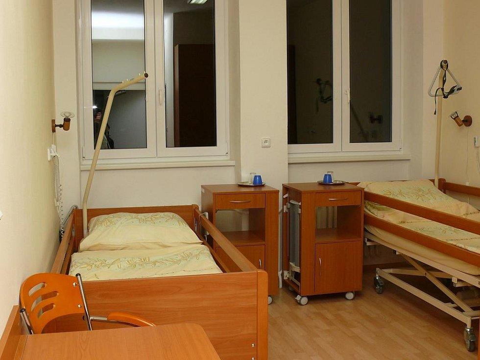 Podobný lůžkový standard by chtěla Nemocnice Vimperk poskytnout pacientům na všech pokojích.