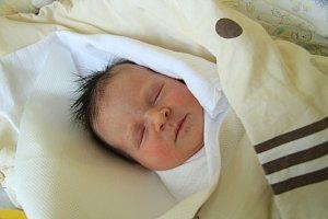 Nela BOJEROVÁ, Prachatice. Narodila se v sobotu 3. listopadu v 18 hodin a 55 minut v prachatické porodnici, vážila 3070 gramů. Rodiče: Lucie Bělová a Jan Bojer.