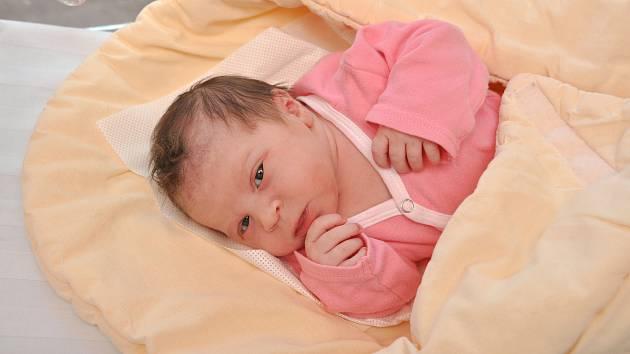 ANNA MACHOVCOVÁ, VACOV. Narodila se ve čtvrtek 23. května v 7 hodin a 54 minut ve strakonické porodnici. Vážila 3130 gramů. Rodiče: Iveta a Pavel.