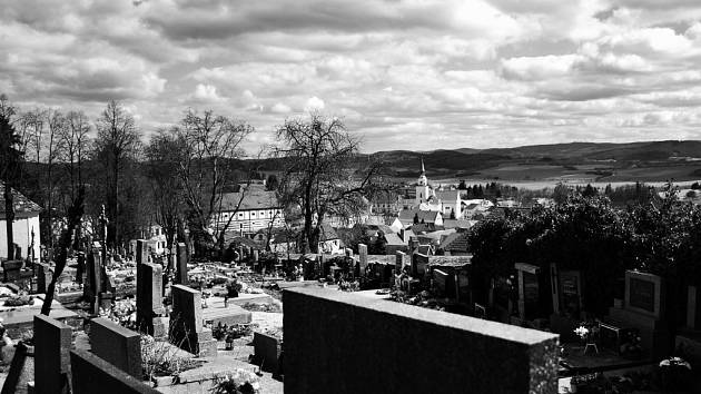 Hřbitov ve Vlachově Březí.