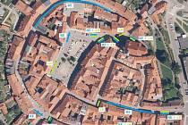 Vymezení parkovacích míst v centru města Prachatice.