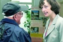 NA NÁVŠTĚVĚ. O své činnosti informuje hospic i veřejnost. Pořádá proto Dny otevřených dveří.