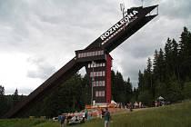 Skokanský můstek bude odteď sloužit už pouze jako vyhlídková věž.