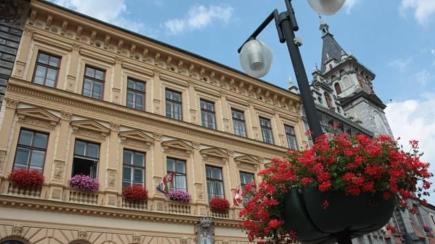 Budova radnice v Prachaticích, ilustrační foto.