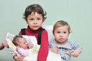 Eliška WÖLFLOVÁ, Vimperk. Narodila se 22. listopadu ve 4.37 hodin, vážila 3240 gramů. Sourozenci: Sofie (4) a Matyáš (1). Rodiče: Veronika a Miroslav.