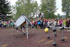 Veřejné parkourové hřiště otevřeli v pondělí 4. září ve Volarech.