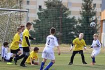 Osmička školních týmů z Prachaticka bojovala na hřišti u ZŠ Národní v okresním kole McDonalds cupu kategorie 4. - 5. tříd.