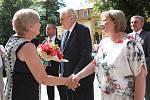 Prezident Miloš Zeman s manželkou při příjezdu do Českých Budějovic v pondělí 12. června.
