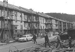 Snímky ze stavby Prachatic.