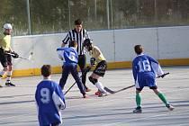 Mladí hokejbalisté mají na programu další ročník soutěže Hokejbal proti drogám.