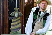 KOMEDIE.  Divadlo Studna znají ve Vimperku hlavně dětští diváci. V repertoáru má však i několik zajímavých projektů určených dospělým.