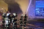 V sobotu 18. ledna hořela bývalá Jitona ve Vimperku.
