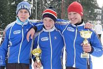 Medailisté Ski klubu Šumava Klement, Kalivoda a Mánek.