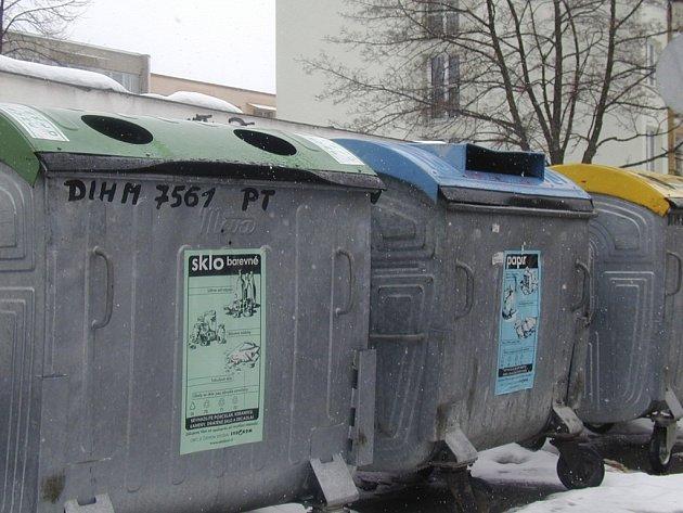 Radnice podporuje již delší dobu třídění odpadů, zapojila také místní základní škola. Ilustrační foto.