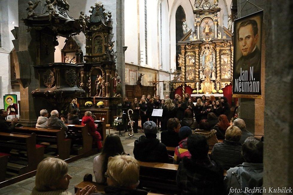 Koncert prachatické Fontány sklidil úspěch.