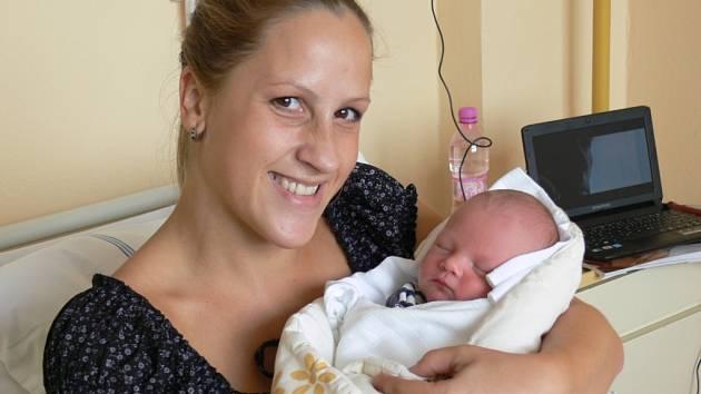 Marek Čtvrtník se v prachatické porodnici narodil ve čtvrtek 29. srpna v 17.55 hodin. Vážil 3 kilogramy a měřil 48 centimetrů. Rodiče Martina a Ladislav jsou z Bušanovic.