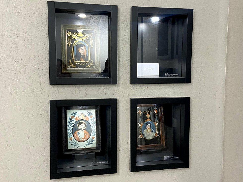 Kvildské podmalby na skle jsou k vidění v muzeu.