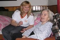 Marie Voglová využívá pečovatelské služby už od loňského prosince. Pečovatelská služba není jen vztahem klienta a pečovatelky, ale vztahem dvou lidských bytostí.
