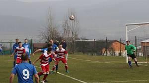 Fotbalová I.A třída: Lhenice - Vodňany 4:2.