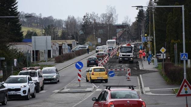 Vimperk čekají další dopravní komplikace. K opravám v Sušické ulici přibyde stavba nového mostu přes Volyňku..