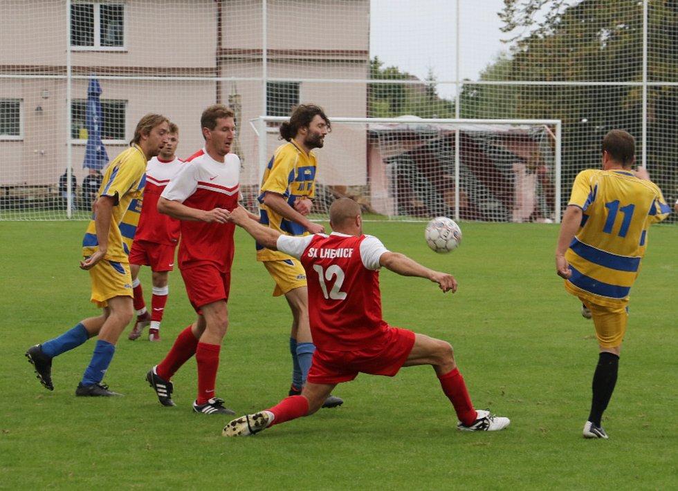 Fotbalový OP Prachaticka: Lhenice B - Nebahovy 2:2.