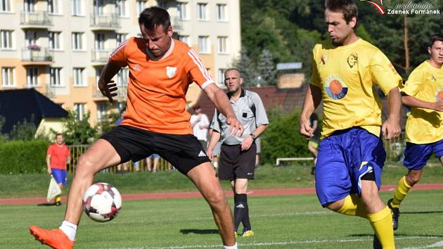 Fotbalová příprava mužů: Vimperk - Prachatice B 2:3.