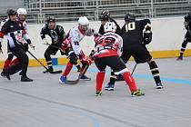 Víkendový sportovní program přinese například i přípravné utkání prachatických hokejbalistů. Ilustrační foto