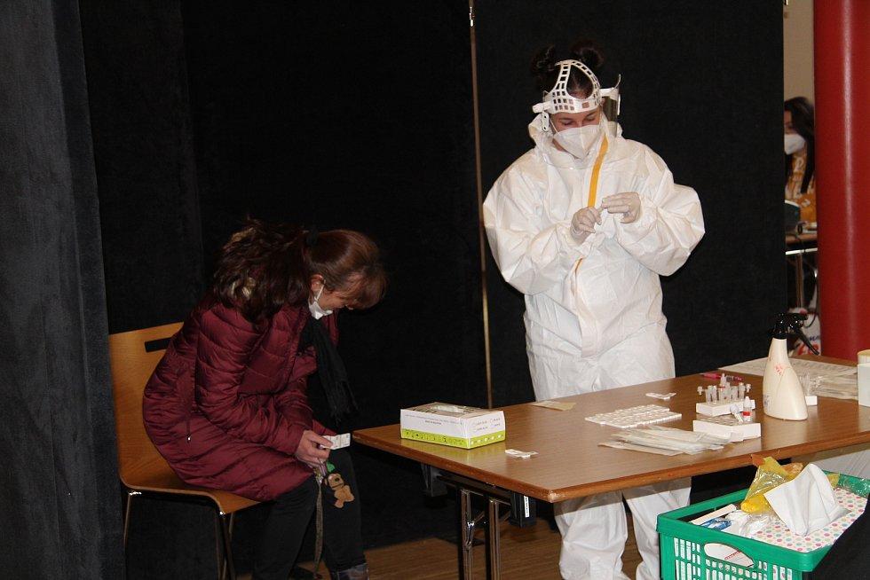 Zaměstnanci města Prachatice v úterý 23. března absolvovali povinný test. Už podruhé.