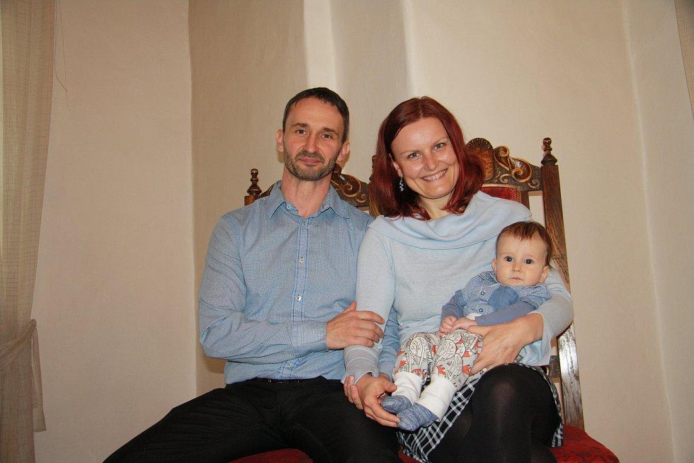 Matyáš Vávra s rodinou.