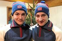 Ondřej (vlevo) a Jiří Mánkovi závodí na MS biatlonistů ve Švýcarsku.
