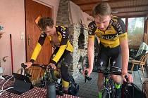 Mladí cyklisté z ROUVY nezahálejí ani v karanténě.