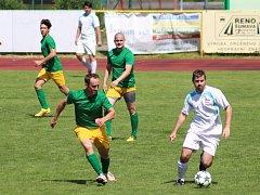 Prachatičtí (zelené dresy) se rozloučili se sezonou vítězně.