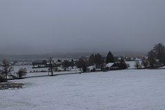 První zasněžené ráno ve Volarech 28. října.