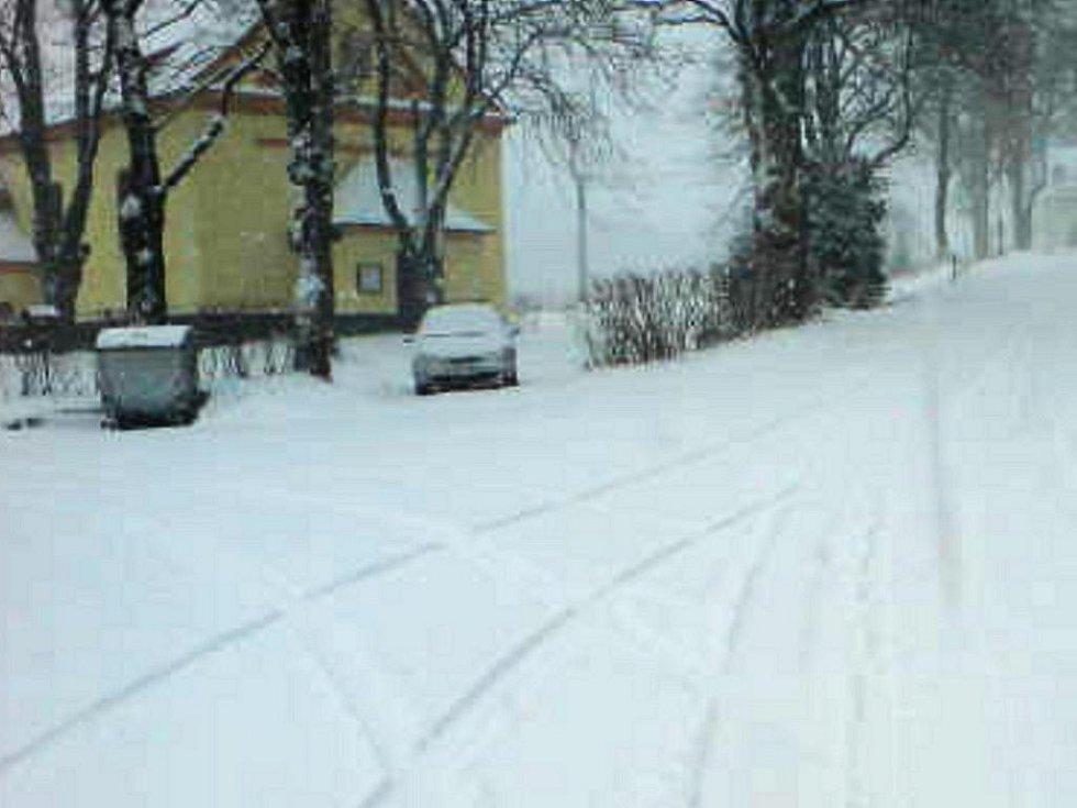 Křišťanov pod vrstvou čerstvého sněhu.