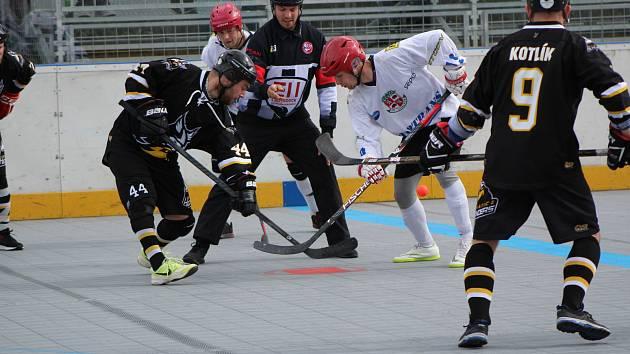 Play off I. ligy hokejbalistů: HBC Prachatice - SK Jihlava 4:0.