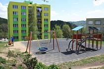 Vimperská radnice zvažuje, že dětské hřiště v Mírové ulici v budoucnu oplotí.