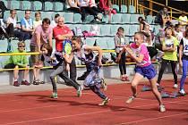 Žáci II. stupně škol z Prachaticka soutěžili v okresní Atletické sportovní soutěži.