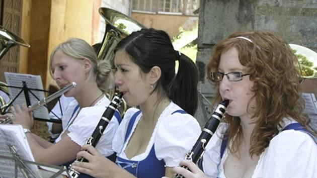 Arkády ve Vimperku byly plné hudby a divadla.