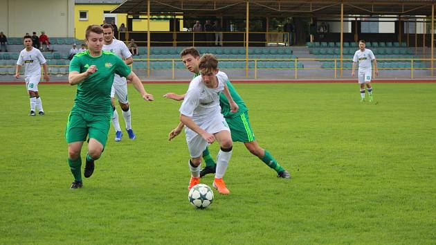 Fotbalová I.A třída: Prachatice - Roudné 3:0.