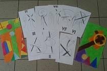 Žáci 7. ročníku připravili 14 motivů v barevném a žáci 8. a 9. ročníků pak stejný počet v černobílém provedení. Jejich obrazy budou viset v hospicové kapli a v kostele sv. Anny na Libínském Sedle.