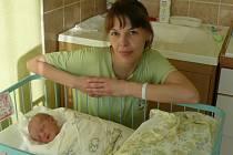 Zuzana Duchoňová se v prachatické porodnici narodila v pátek 30. ledna v 17.25 hodin. Vážila 2,5 kilogramu a měřila 48 centimetrů. Doma v Chvalovicích na malou Zuzanku a maminku Zuzanu čekal tatínek Jiří a dvouletá sestřička Veronika.
