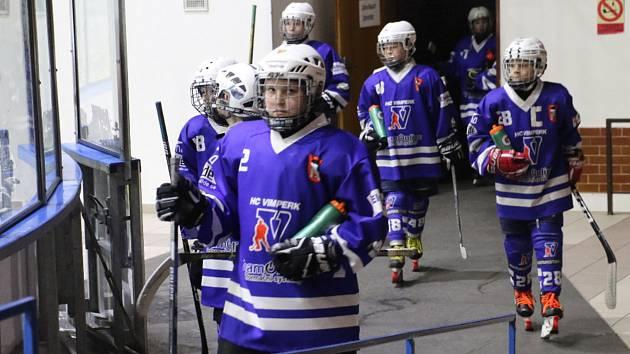 Mladší žáci HC Vimperk vyhráli v Jindřichově Hradci 8:1.