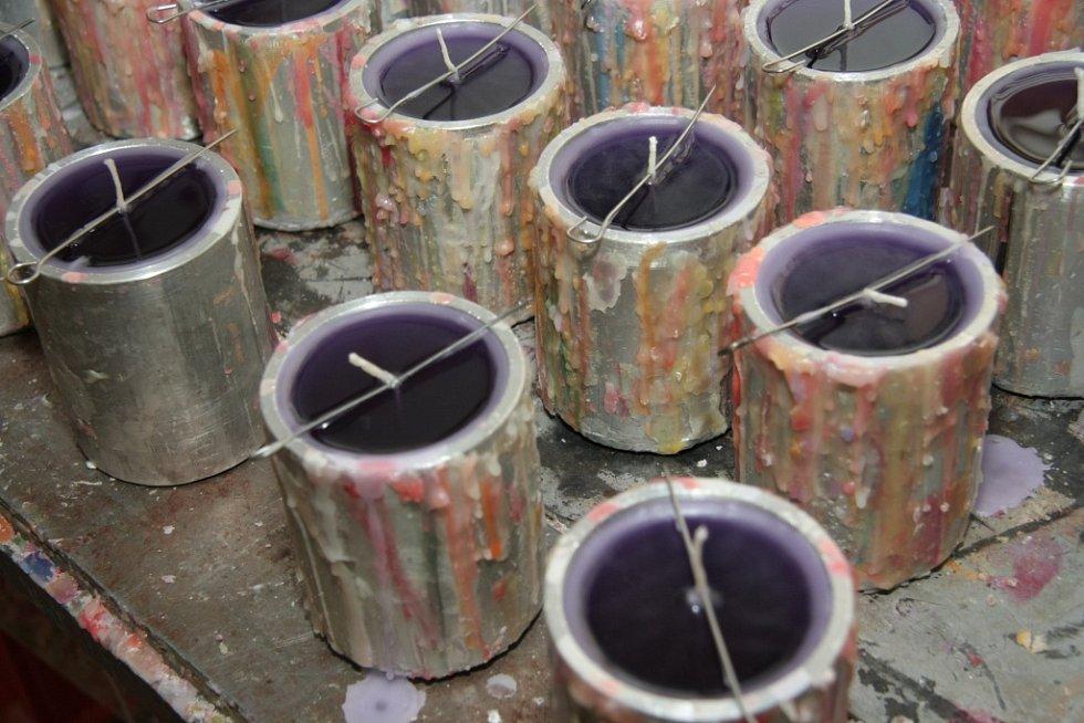 Výroba svíček v prachatické rodinné firmě Staňkových.