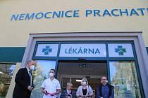 První pacienti si své léky v nemocniční lékárně mohou vyzvednout od pondělí 4. října.